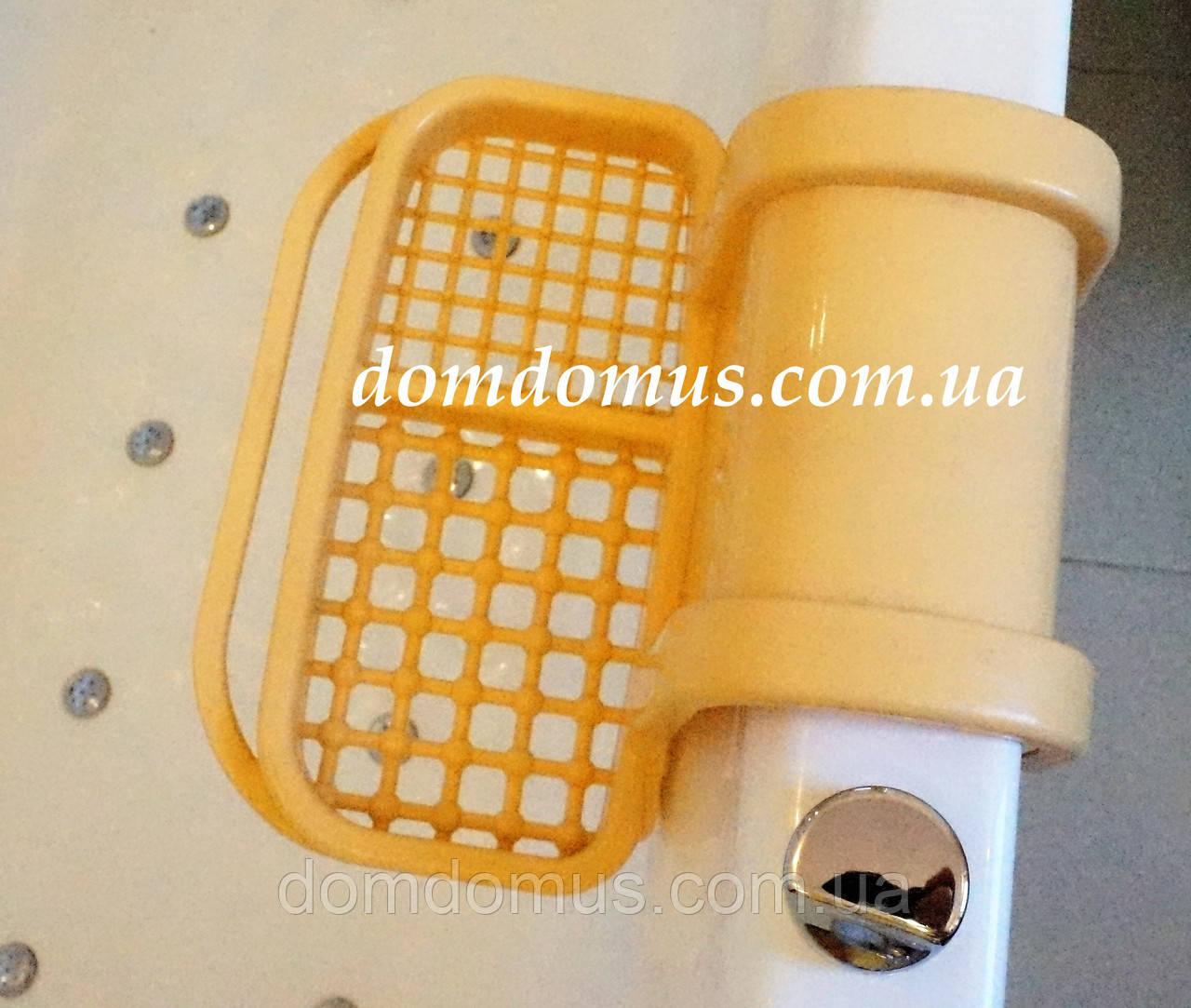 Мыльница на ванную пластиковая