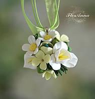"""Авторский кулон с цветами """"Летняя свежесть""""."""