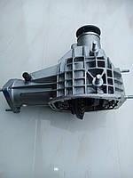 Редуктор переднего моста  ВАЗ 21214 (24 шлица)