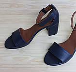 Жіночі босоніжки з натуральної шкіри темно-синього кольору, можливий відшиваючи у інших кольорах, фото 3
