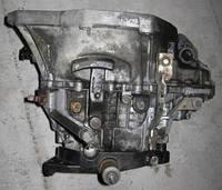 Коробка переключения передач (КПП) Renault Trafic / Vivaro 5-ст 1.9dci 01> (OE RENAULT)