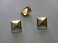 Пирамидка 12*12 мм золото (500 штук)