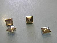 Пирамидка 10*10 мм золото (1000 штук)