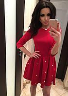 Молодежное красное  короткое платье с жемчужинками на юбке. Арт-2025/50
