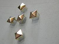 Пирамидка 8*8 мм золотая (1000 штук)