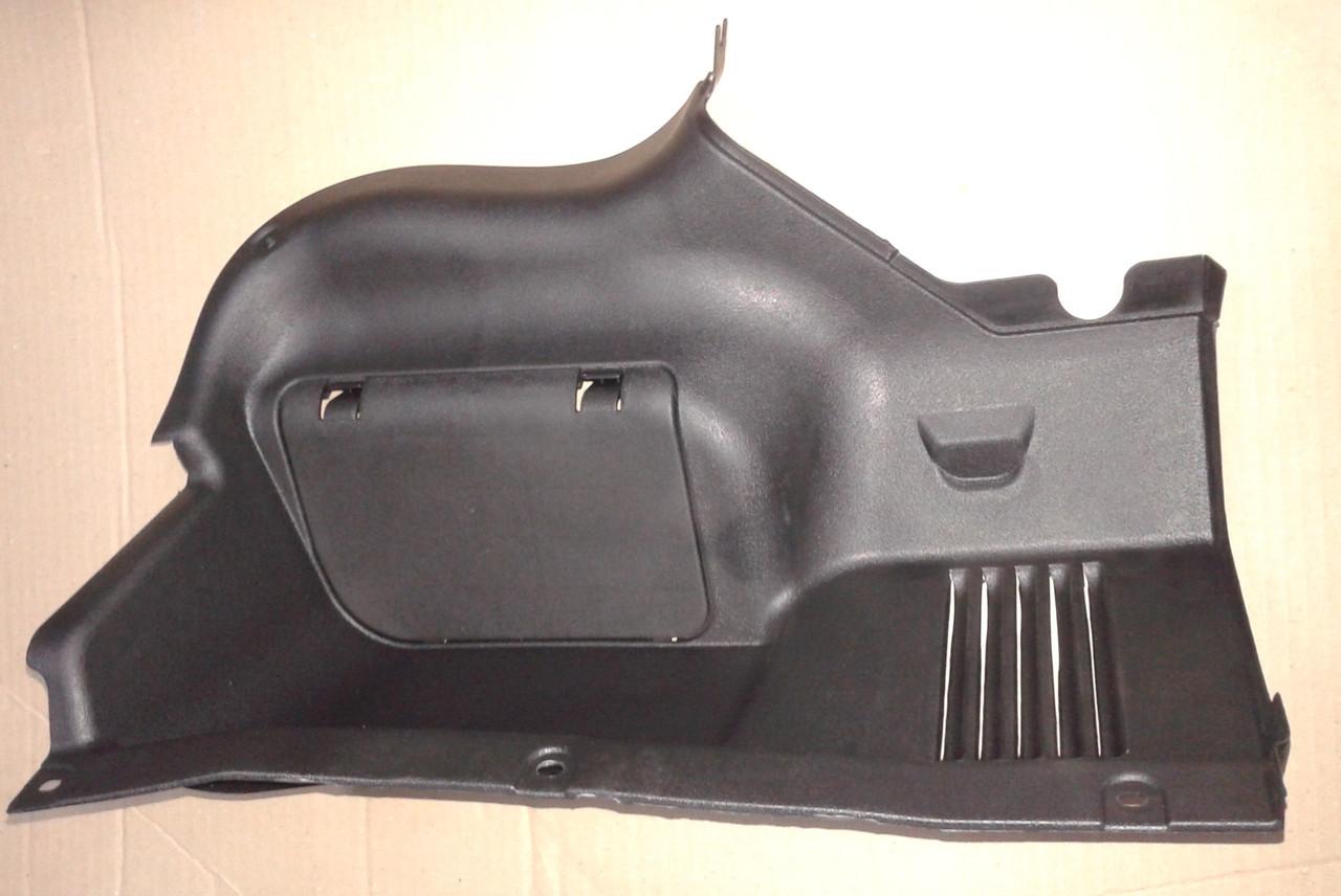 Обивка задняя боковая панели багажника правая Lanos 2 / Ланос, tf69y0-5402618