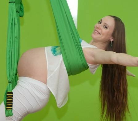 Аэройога для беременных