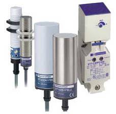 Ємнісні датчики OsiSense Osiprox XT серій XT1/XT2 від Schneider Electric