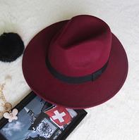 Женская фетровая шляпа с ленточкой бордо
