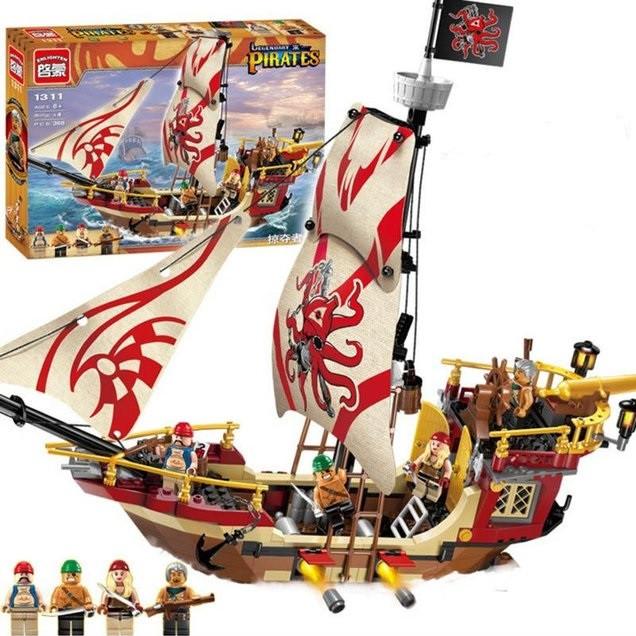 Конструктор Brick 1311 Legendary Pirates Корабль Мародеров 368 деталей