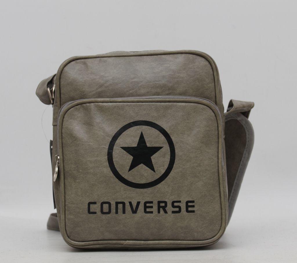 d0154870e834 Повседневная мужская сумка через плече Converse. Вместительная и компактная.  Хорошее качество. Код: