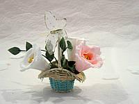Корзинка с цветами из конфет Арт.155
