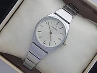 Миниатюрные кварцевые наручные часы Calvin Klein на металлическом браслете, фото 1