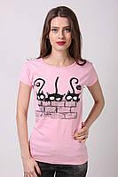 Женская футболка полуприталенная с принтом
