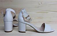 Женские кожаные босоножки на невысоком каблуке, возможен отшив в других цветах, фото 1