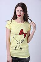 Желтая футболка от производителя