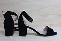 Женские босоножки на невысоком каблуке, возможен отшив в других цветах кожи и замша
