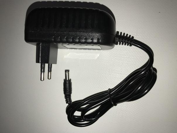 Блок питания розеточный Ledmax PSP-10-5 5В 10Вт 2А IP20 Код.58838