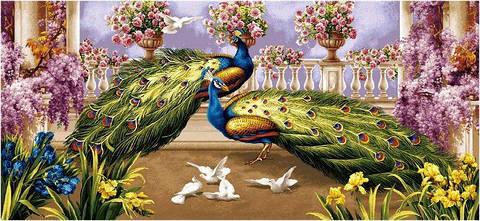 """Картина гобеленовая """"Павлины и голуби"""""""