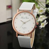 Стильные женские часы (белые)
