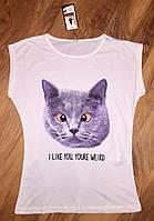 Женская футболка кот белая
