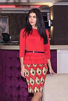 Красное платье с баской для деловых встреч
