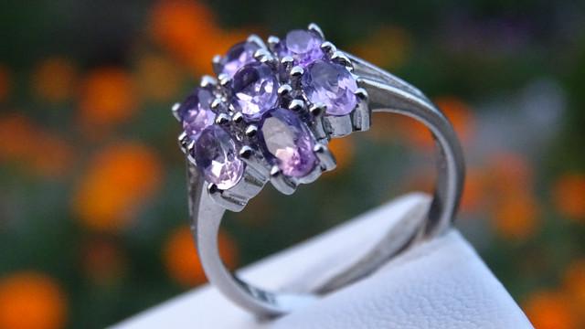 Серебряные кольца в ассортименте ( родированные, с камнями, с эмалью)