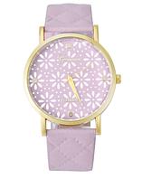 Женские часы Geneva Platinum со стеганым ремешком