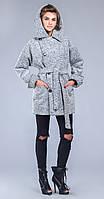 Пальто-куртка с поясом и капюшеном серое