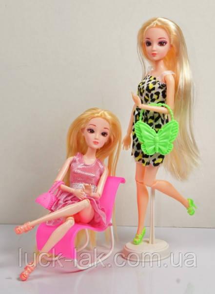 кукла и аксессуары к ней