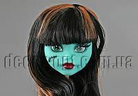Голова бирюзовой куклы Монстер Хай с черно-рыжими волосами 15,0 см