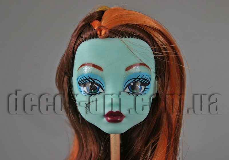 Голова бирюзовой куклы Монстер Хай с коричнево-рыжими волосами 15,0 см