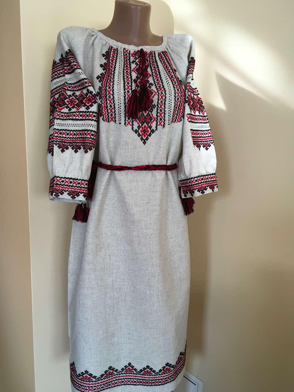 41fac3236e08e3 Сукня вишита ручної роботи на сірому льоні 50-52 розмір - Скарбниця Карпат-  інтернет
