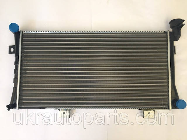 Радиатор ВАЗ 21213 алюминиевый (карбюраторный) (21213-1301012)