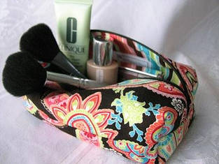 Женские косметички , сумки