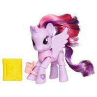 Игровой набор My Little Pony Explore Equestria Принцесса Твайлайт Спаркл Чтение в кафе