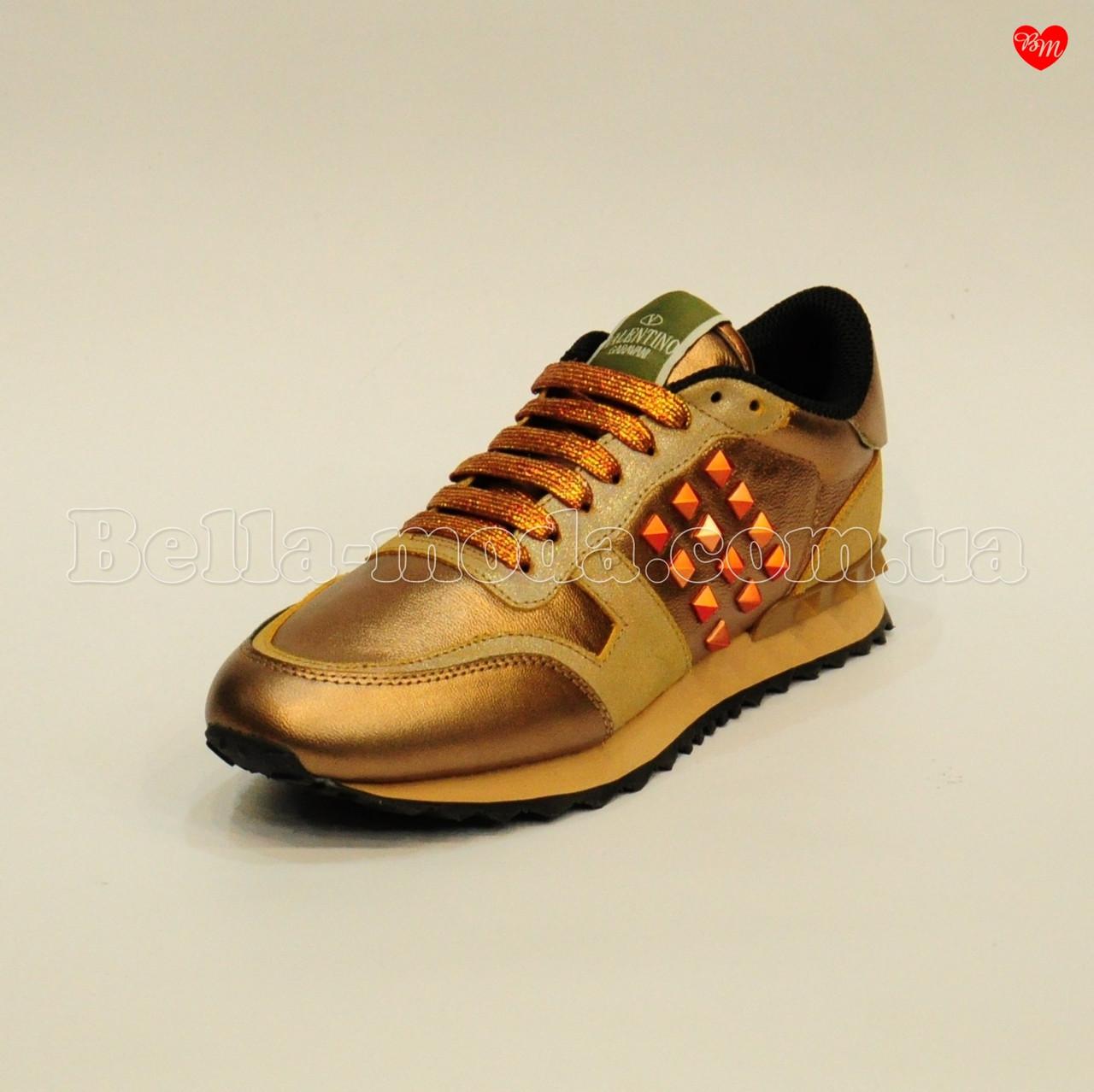 Женские кожаные кроссовки с шипами Valentino - интернет-магазин
