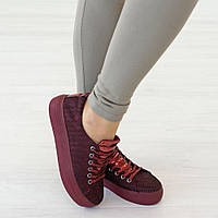 Кеды из текстиля на шнуровке бордового цвета