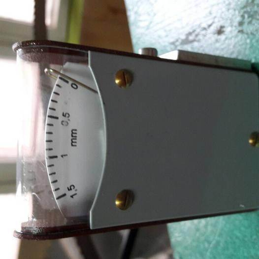 Прибор измерения развода для ленточных и рамных пил