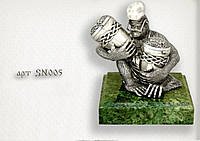 "Серебряная статуэтка  ""Веселая обезьяна"""