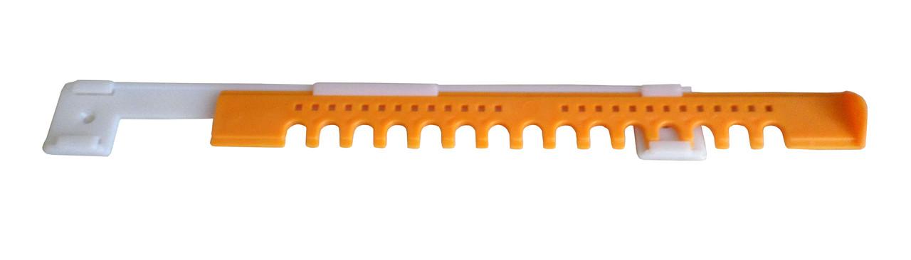 Летковый заградитель 2 элементный нижний с отверстиями пластмассовый