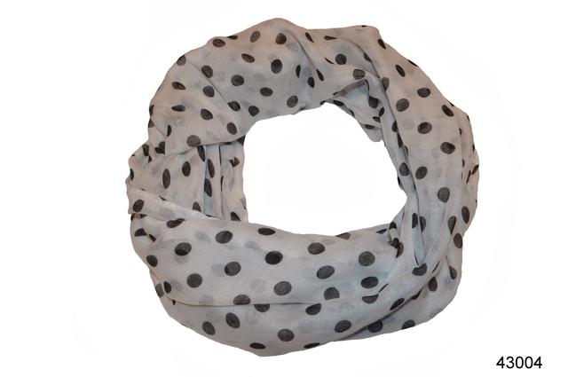 Весенний шарф снуд Алира белый 2