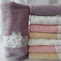 Оригинальные банные полотенца с цветочком
