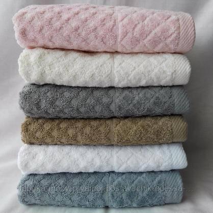 Махровые банные полотенца пастельных цветов