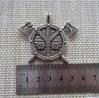 Щит с Топорами/ Амулет Викинг / Серебрение /    Символ   примирения и защищенности. 5x4 см