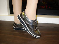 Туфли серебристые шнурок