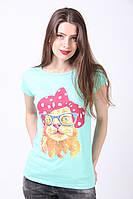 Симпатичная женская футболка бирюзового цвета с кошкой