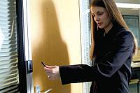 Регистрация посещений сотрудников (вход/выход) и учет рабочего времени