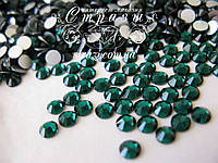 Стразы клеевые Lux ss20 Emerald (5.0mm)