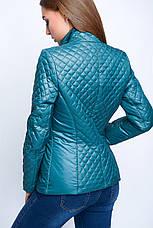 Короткая женская весенняя куртка красного цвета , фото 3